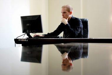 Como manter colaboradores informados sobre benefícios da empresa